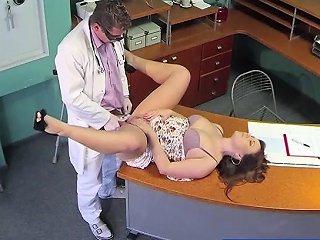 DrTuber Porno - Hot Sabina Gets Fucked By Her Doctor Drtuber