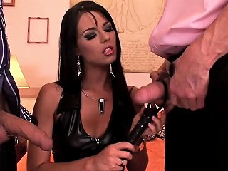 IcePorn Porno - Naughty Babe In Latex Boots Gets Fucked