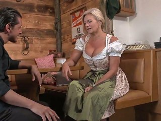 XCafe Porno - Wrinkled Auburn Pub Owner With Pierced Cunt Maria Montana Is Fucked Doggy