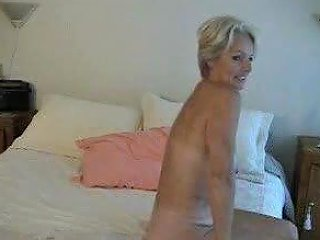 XHamster Porno - Mature Justine Posing 2 Free Mature Posing Porn Video Ae